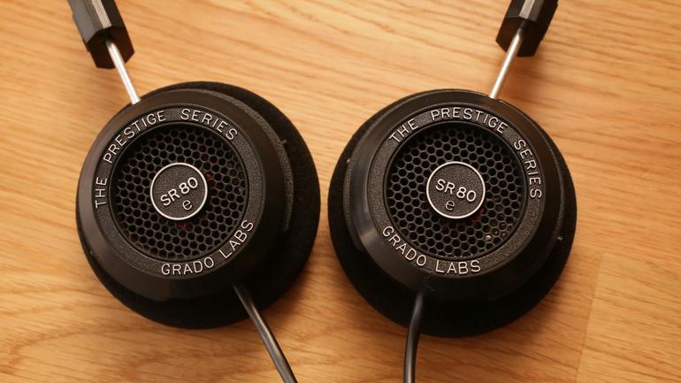 grado-sr-80e-headphones-product-photos09