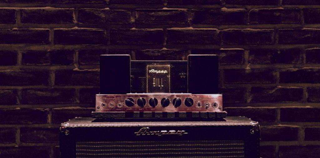 vintage-gear-amp-recording-studio