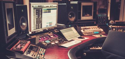 christmas-gift-for-music-producer
