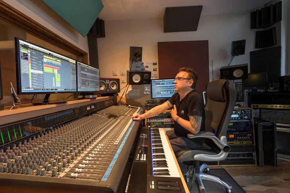 paul-miles-select-recording-studio